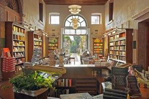 libreria-palazzo-roberti-la-libreria